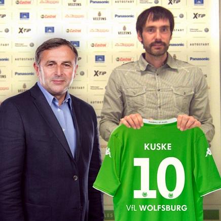 VfL-Wolfsburg-Fusballwelt_Pressekonferenz_kleiner